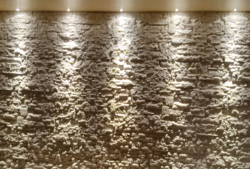 Abitazione privata illuminazione led su pietra studio luce